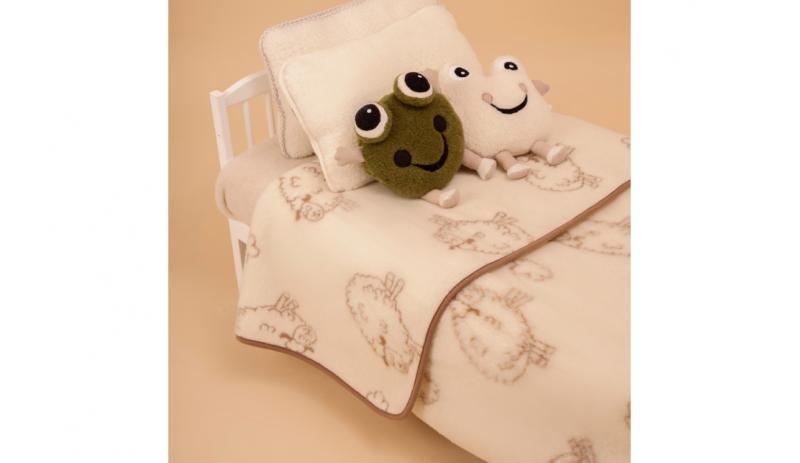 Вълнено детско одеяло LAMBS от естествена мериносова вълна размер 95x135 cm