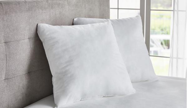 Възглавница с ядро от  силиконизирани кухи влакна Ecolofil®
