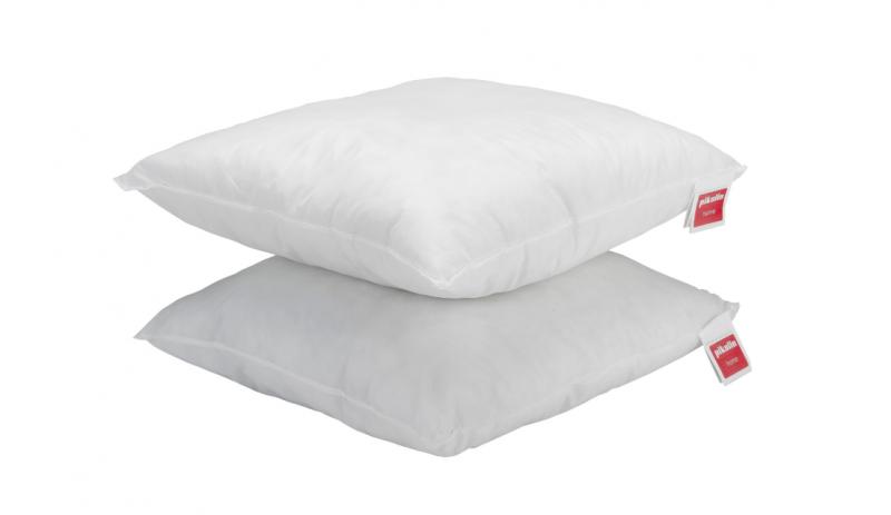 Възглавница 45х45 см. с ядро от  силиконизирани кухи влакна Ecolofil®